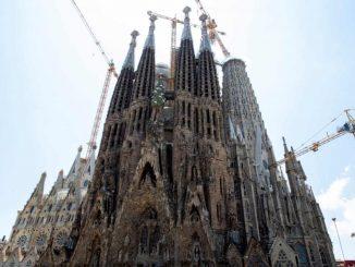 Gaudí's Sagrada Família building permit