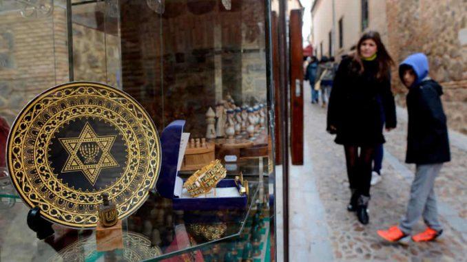 Jews apply Spanish citizenship